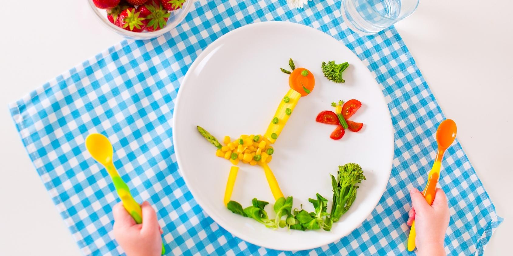 Питание ребенка в три года: режим, рацион, примерное меню на неделю