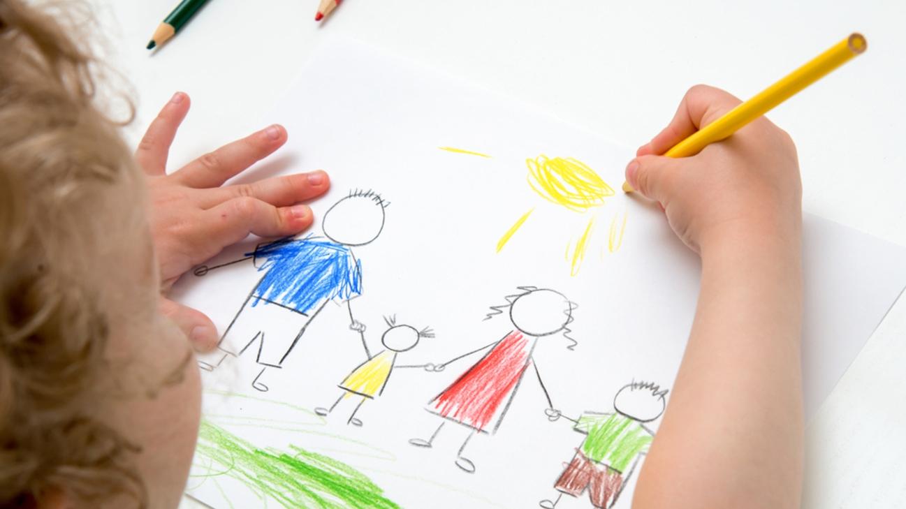 Консультация для родителей и воспитателей Изобразительная деятельность детей от двух до трех лет. Воспитателям детских садов, школьным учителям и педагогам