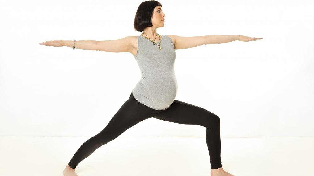 Базовый комплекс упражнений йоги для второго триместра беременности