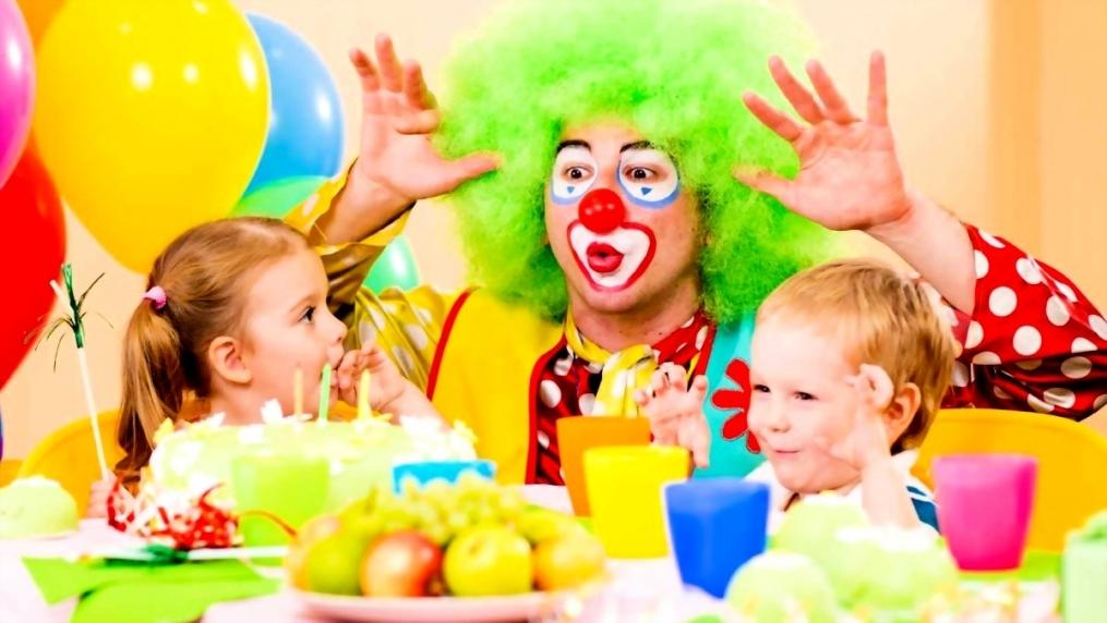 Изображение - Поздравление родителям с днем рождения 3 года девочке animatory-na-detskom-prazdnike