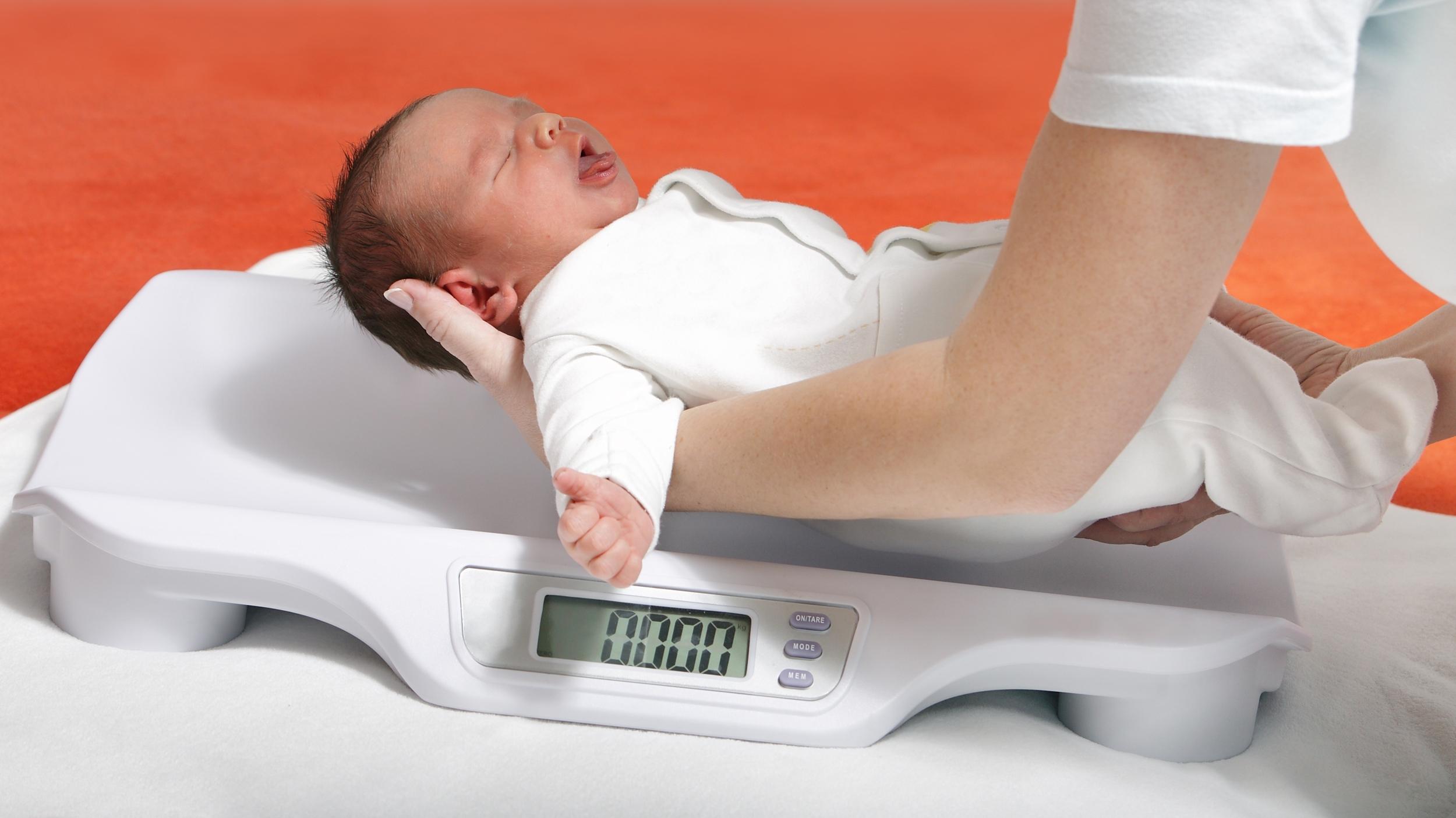 Норма веса ребенка по месяцам таблица