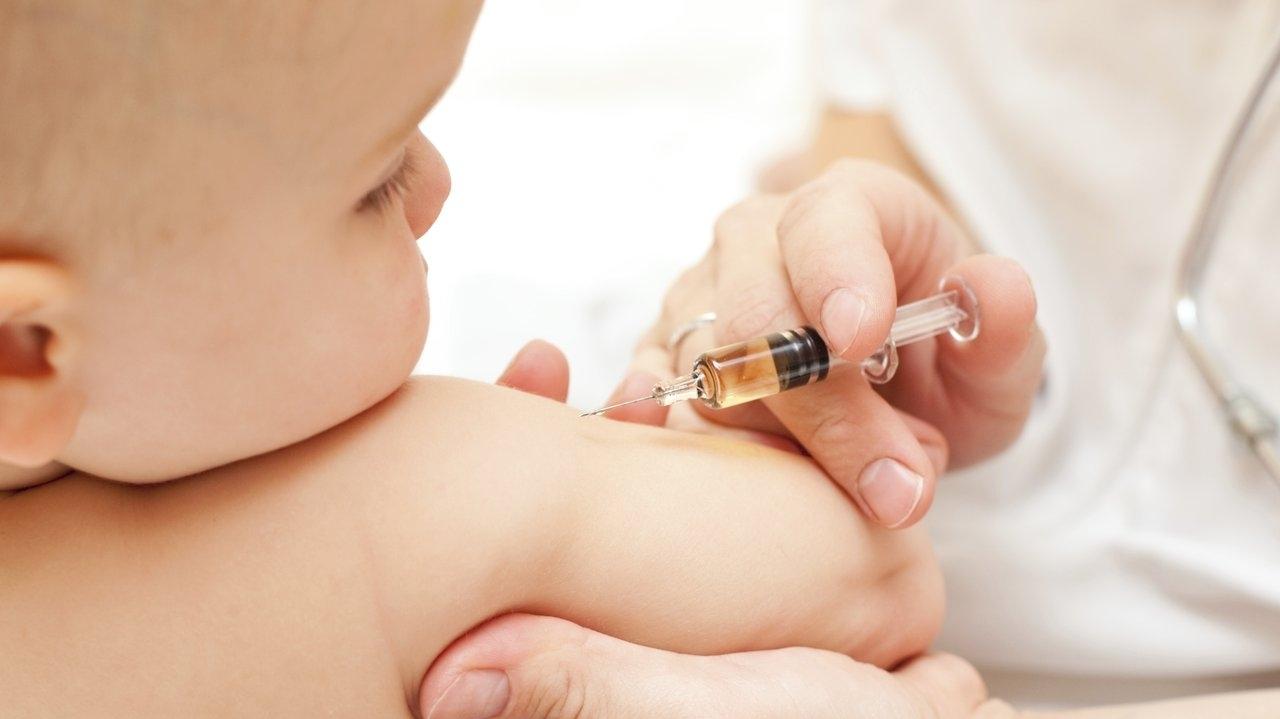 Прививки в 1 год 11 месяцев